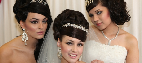 Strange The Secrets To Perfect Asian Bridal Hairstyles Z Bridal Z Hairstyle Inspiration Daily Dogsangcom